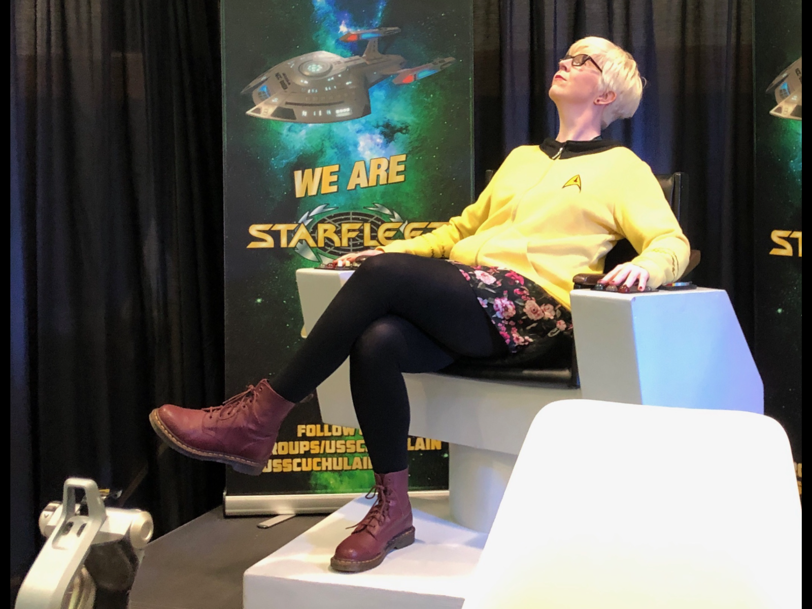 WITS executive member Anne Marie Flaherty kicking back before speaking at WorldCon 2019